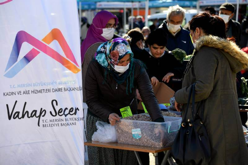 Erdemli'de Üretici Kadın Standları Kuruldu 8 - erdemlide uretici kadin stantlari 5