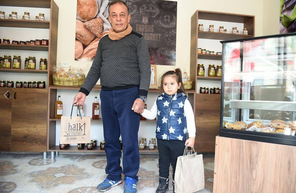 Tarsus Belediyesi Bir İlke İmza Attı: Halk Marketi Açtı 4 - tarsus belediyesi bir ilke imza atti halk marketi acti 2