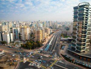 Mersin'de Forum Katlı Kavşak Hizmete Girdi