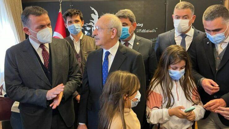 Abdullah Özyiğit ve Muhtarlar Kemal Kılıçdaroğlu'nu Ziyaret Etti