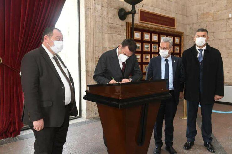 Başkan Abdullah Özyiğit, Anıtkabir'i Ziyaret Etti 2 - baskan abdullah ozyigit anitkabiri ziyaret etti 2