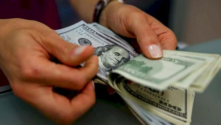 Dolar 8.35'in Üzerini Gördü!