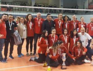 Mersin Büyükşehir Belediyesi GSK Kadın Voleybol Takımı Birinci Lige Çıktı!