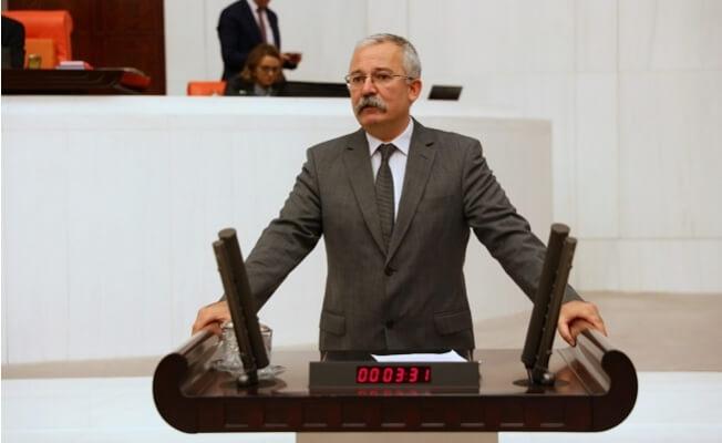 Rıdvan Turan, Mersin'deki Tarım İşçilerinin Sorunlarını Meclis Gündemi Getirdi