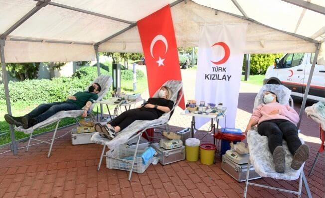 Yenişehir Belediyesi Çalışanlarından Kan ve Kök Hücre Bağışı