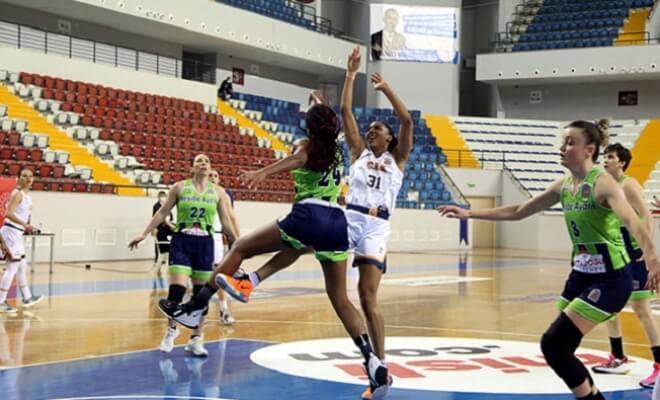 Çukurova Basketbol Kulübü Evinde Nesibe Aydın GSK'ye Kaybetti