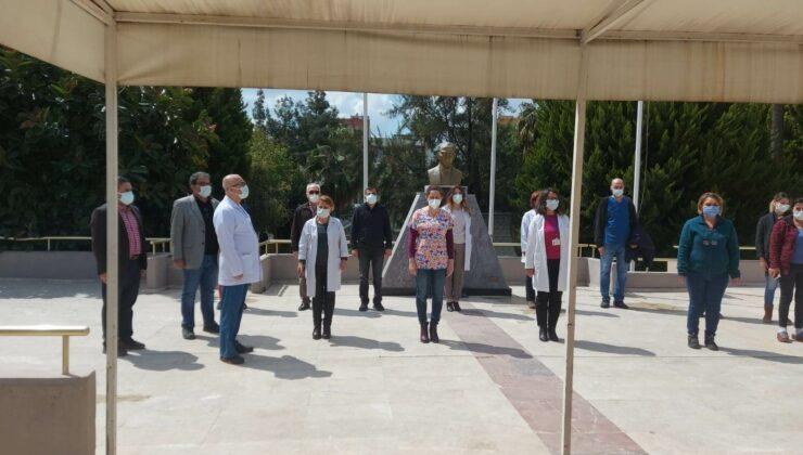 Koronavirüsten Hayatını Kaybeden Sağlık Çalışanları Mersin'de Anıldı 4 - koronavirusten hayatini kaybeden saglik calisanlari mersinde anildi 3