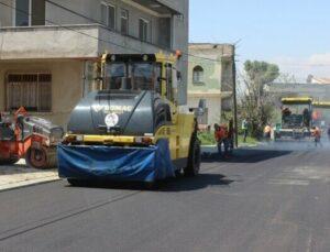Mersin Büyükşehir Belediyesi, Akdeniz İlçesindeki 3 Caddeyi Asfaltladı