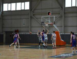 Mersin Büyükşehir Belediyesi GSK Erkek Basket Takımı Yarı Finalde