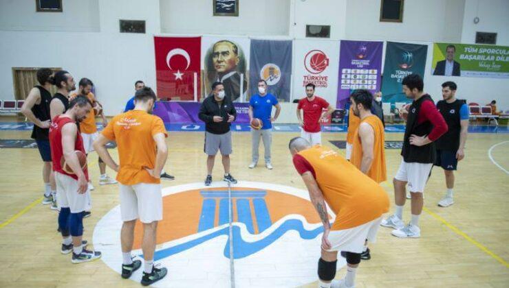 Mersin Büyükşehir Erkek Basketbol Takımı'nın Yeni Baş Antrenörü: Hikmet Şahin Ateşdağlı