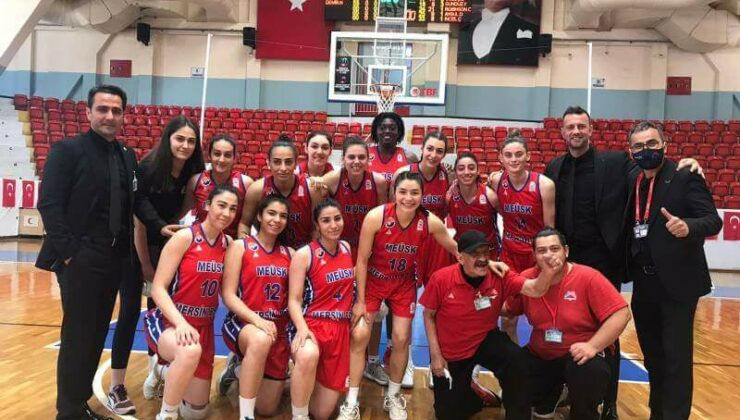 Mersin Büyükşehir Gsk Kadın Basket Ekibi, Ceyhan Belediyesi'ni 66-100 Yendi