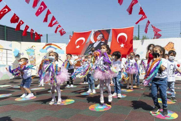 Mersin Büyükşehir'in Kreşlerindeki 23 Nisan Coşkusu 2 - mersin buyuksehirin kreslerindeki 23 nisan coskusu 2