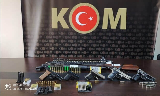 Tarsus'ta Silah Kaçakçılarına Operasyon