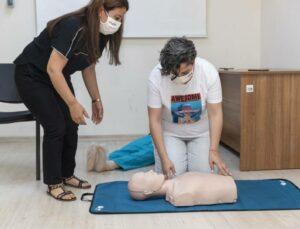 Mersin Büyükşehir'den Uygulamalı İlk Yardım Eğitimi