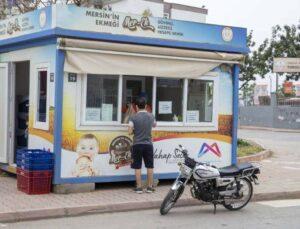 Mersin'de Bir Hayırsever MER-EK Aracılığıyla 5 Bin Ekmeği Ücretsiz Dağıttı