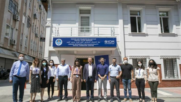 Mersin'de Mültecilerin Yaşamını Kolaylaştıracak 'Sosyal Uyum Merkezi' Açıldı