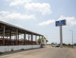 Mersin Büyükşehir, Kurban Bayramında Modern Kesimhaneleriyle Hizmette