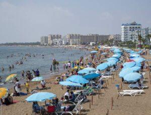 Mersin Büyükşehir'in Plajlarına Yoğun İlgi