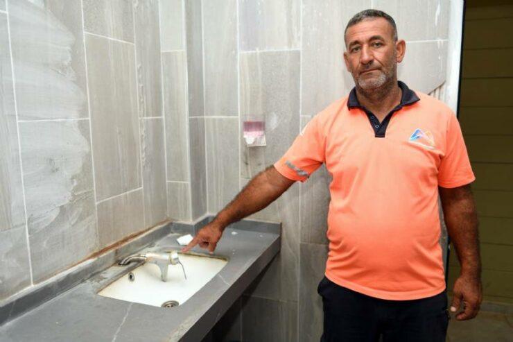 Mersin'de Büyükşehir'in Tuvaletlerine Saldırılar Sürüyor! 6 - mersinde buyuksehirin tuvaletlerine saldirilar suruyor 5